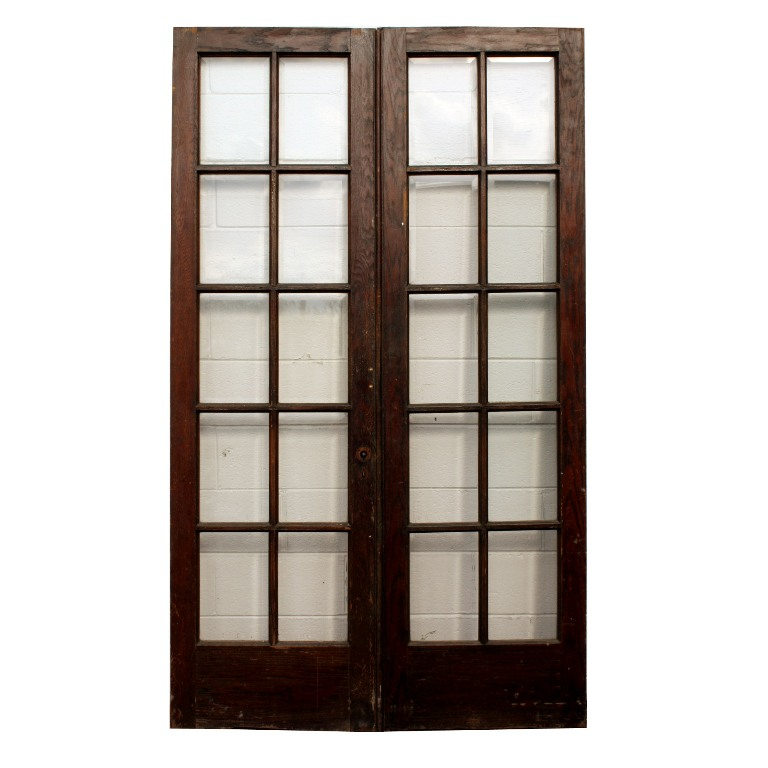Fabulous Pair Of Salvaged 24 French Doors With Beveled Glass Ned135 For Sale