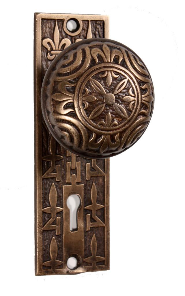Antique Cast Bronze Fleur-de-Lis Doorknobs & Backplates, Signed ...
