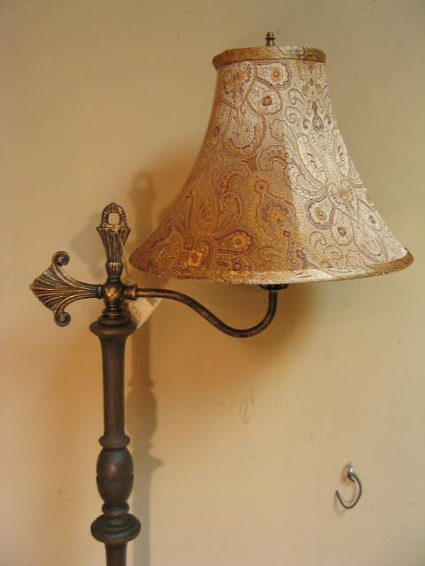 1920 S Bridge Arm Floor Lamp W Wood Stem Tbbfl195 For