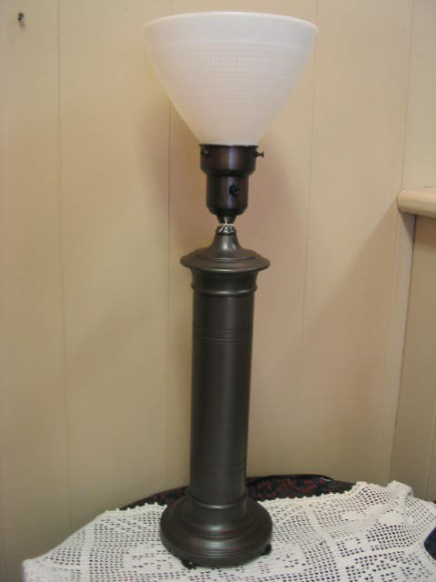 vintage table lamp for sale classifieds. Black Bedroom Furniture Sets. Home Design Ideas