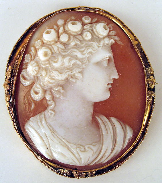 Fine Large Victorian 14k Shell Cameo Signed On Back For