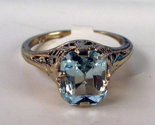 edwardian filigree 14k white gold with large aquamarine