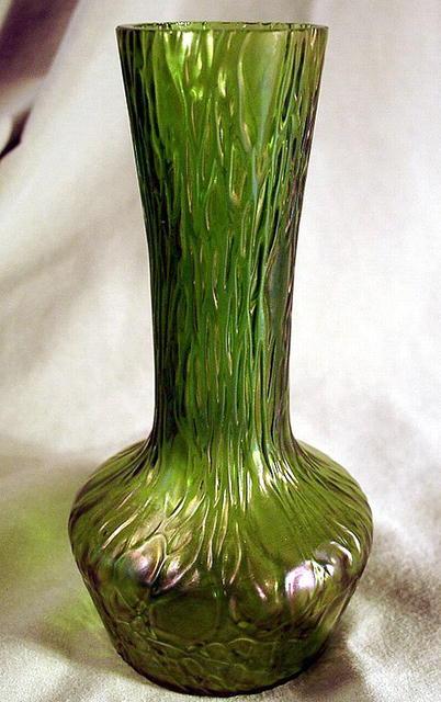 Antiques Com Classifieds Antiques 187 Antique Glass 187 Antique Glass Vases For Sale Catalog 3