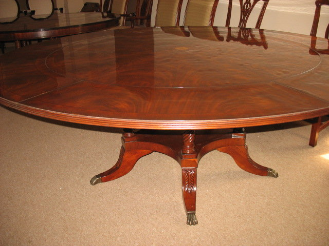 round dining table perimeter leaf 83 39 39 12k retail for sale