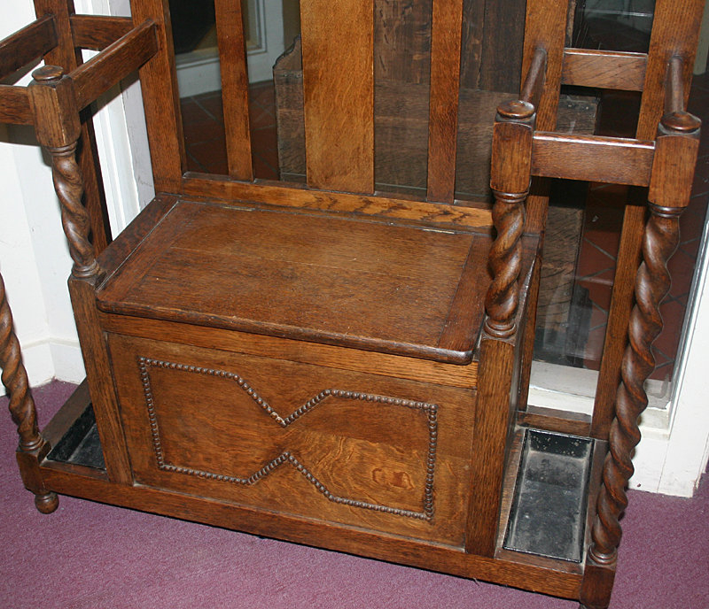 Arts And Crafts Oak Hall Tree English C 1900 For Sale