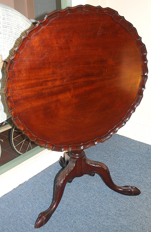 Chippendale Style Tilt Top Mahogany Tea Table For Sale