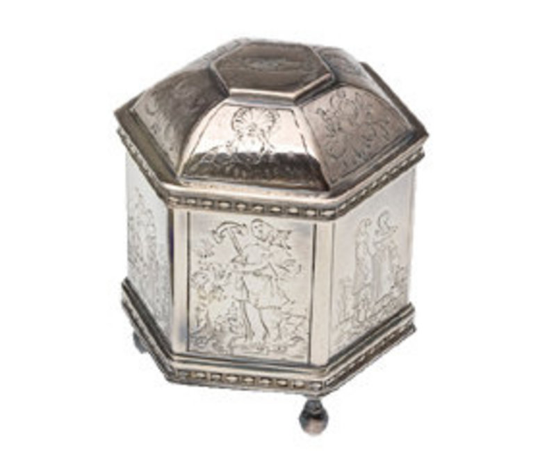 sterling silver hexagonal small box for sale classifieds. Black Bedroom Furniture Sets. Home Design Ideas