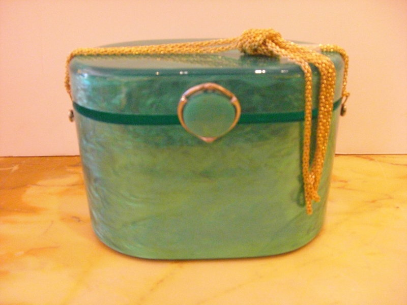 Vintage Green Lucite Signed Purse Wilardy With Handle For