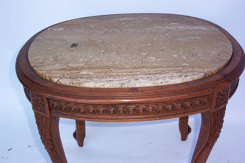oval marble top table w wood base cabriole legs for sale classifieds. Black Bedroom Furniture Sets. Home Design Ideas