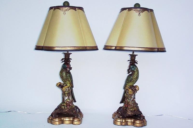pair of vintage handpainted parrot figure lamps for sale antiques. Black Bedroom Furniture Sets. Home Design Ideas