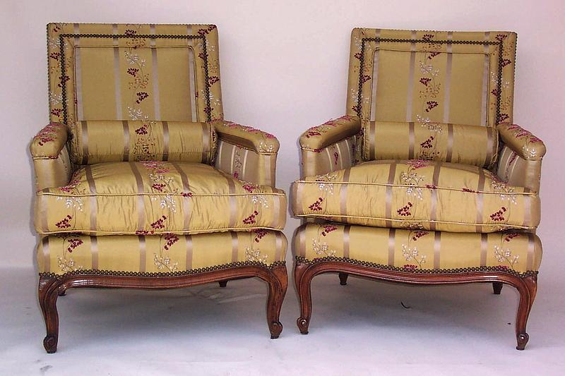 Two Vintage French Walnut Chairs Early 20th Century For Sale | Antiques.com | Classifieds & Two Vintage French Walnut Chairs Early 20th Century For Sale ...