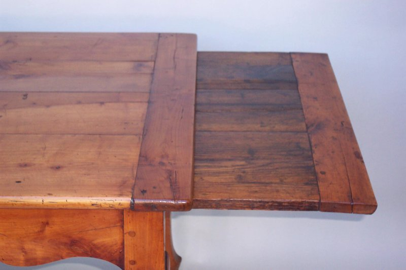 Antique French Provincial Cherry Wood Table - For Sale - Antique French Provincial Cherry Wood Table For Sale Antiques
