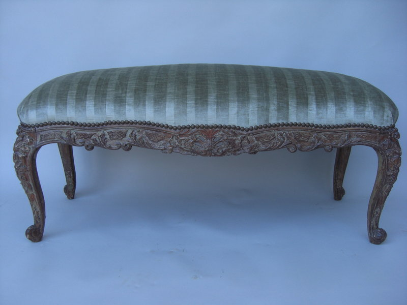 louis xv style painted banquette for sale. Black Bedroom Furniture Sets. Home Design Ideas