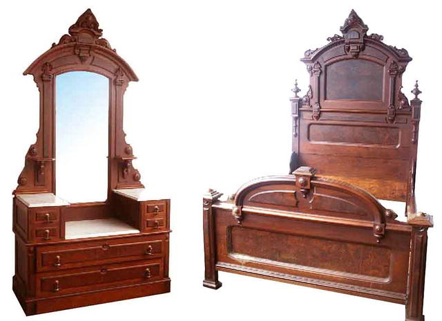 Fabulous Walnut Victorian Bedset By Thomas Brooks For Sale