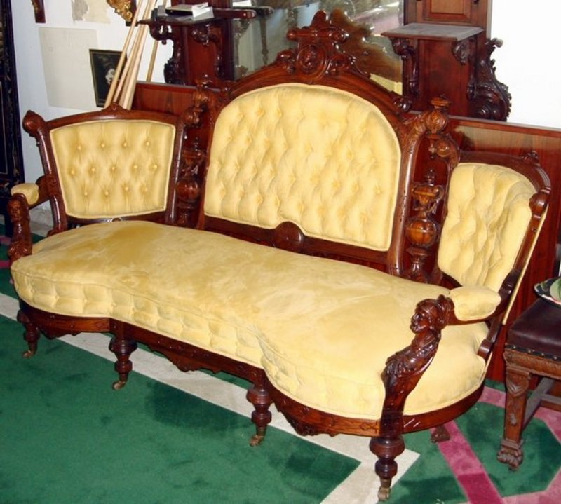 Dating antique sofas