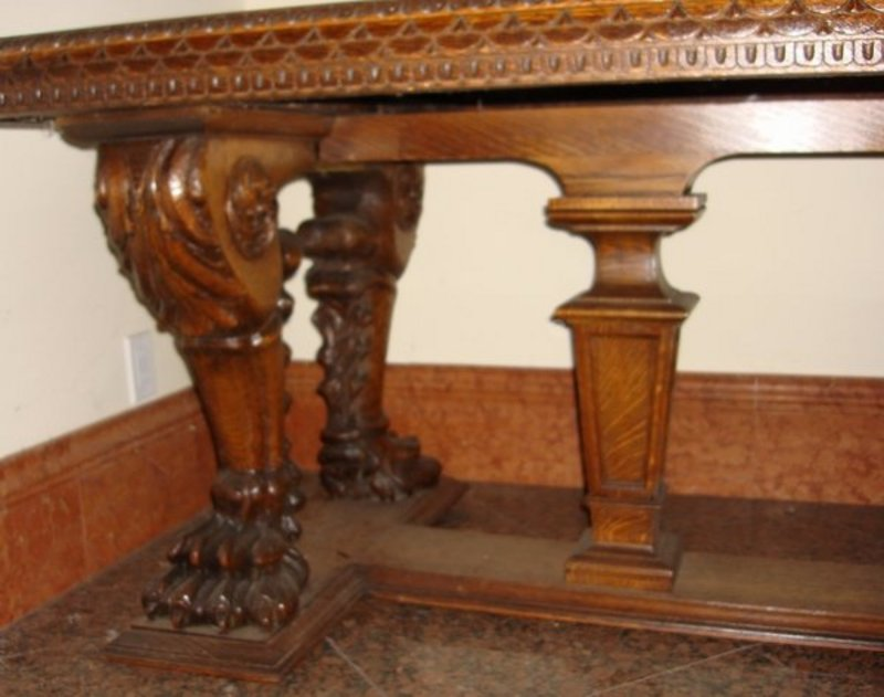 Antique Victorian Dining Table Carved Lion Oak 19th C For Sale