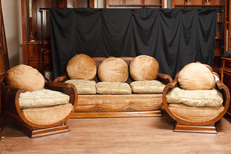 Downside roanoke va disposal in sofa Kit