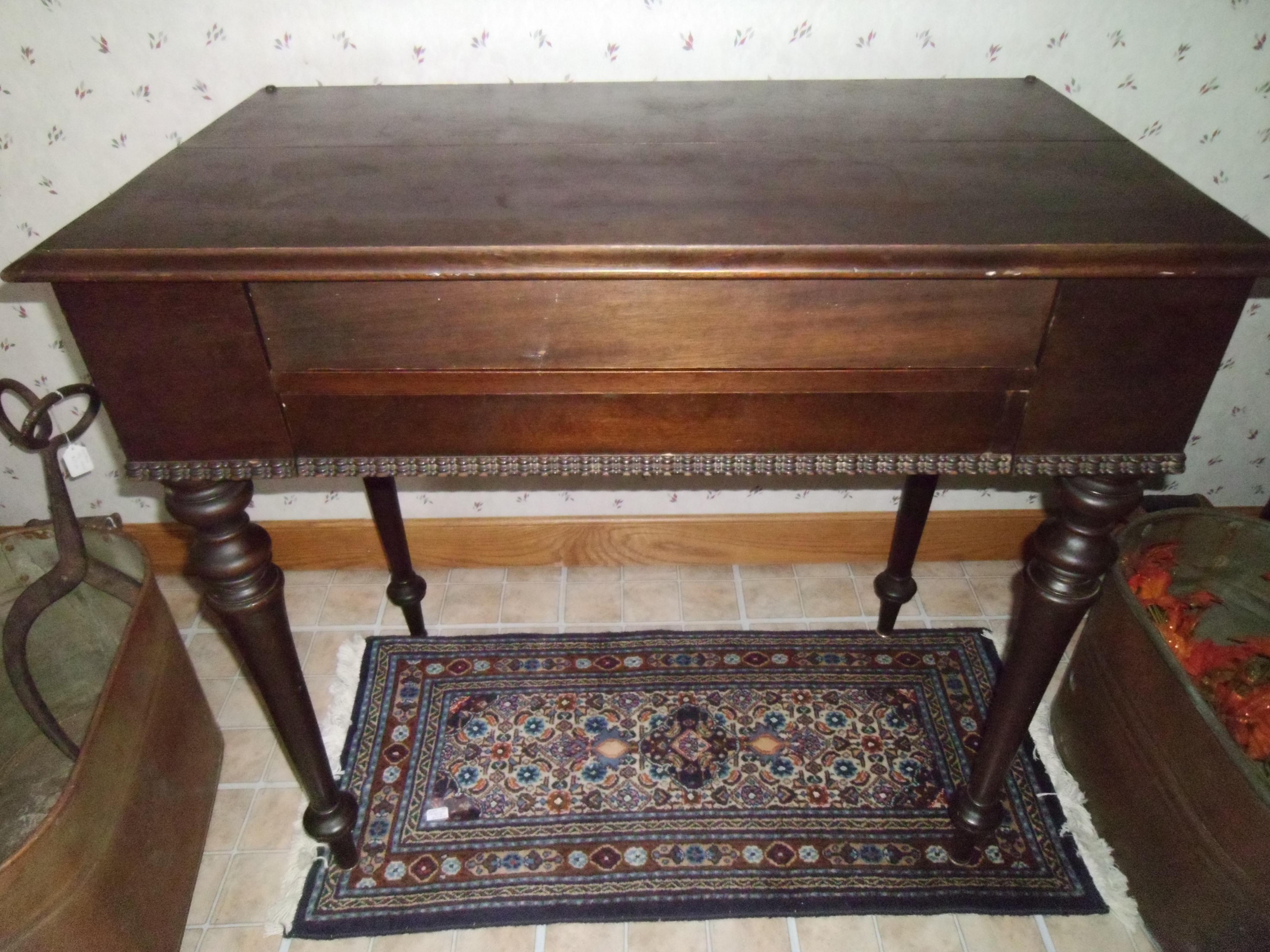 Spinet Desk For