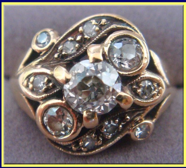 ANTIQUE VICTORIAN DIAMOND GOLD ENGAGEMENT WEDDING RING For Sale