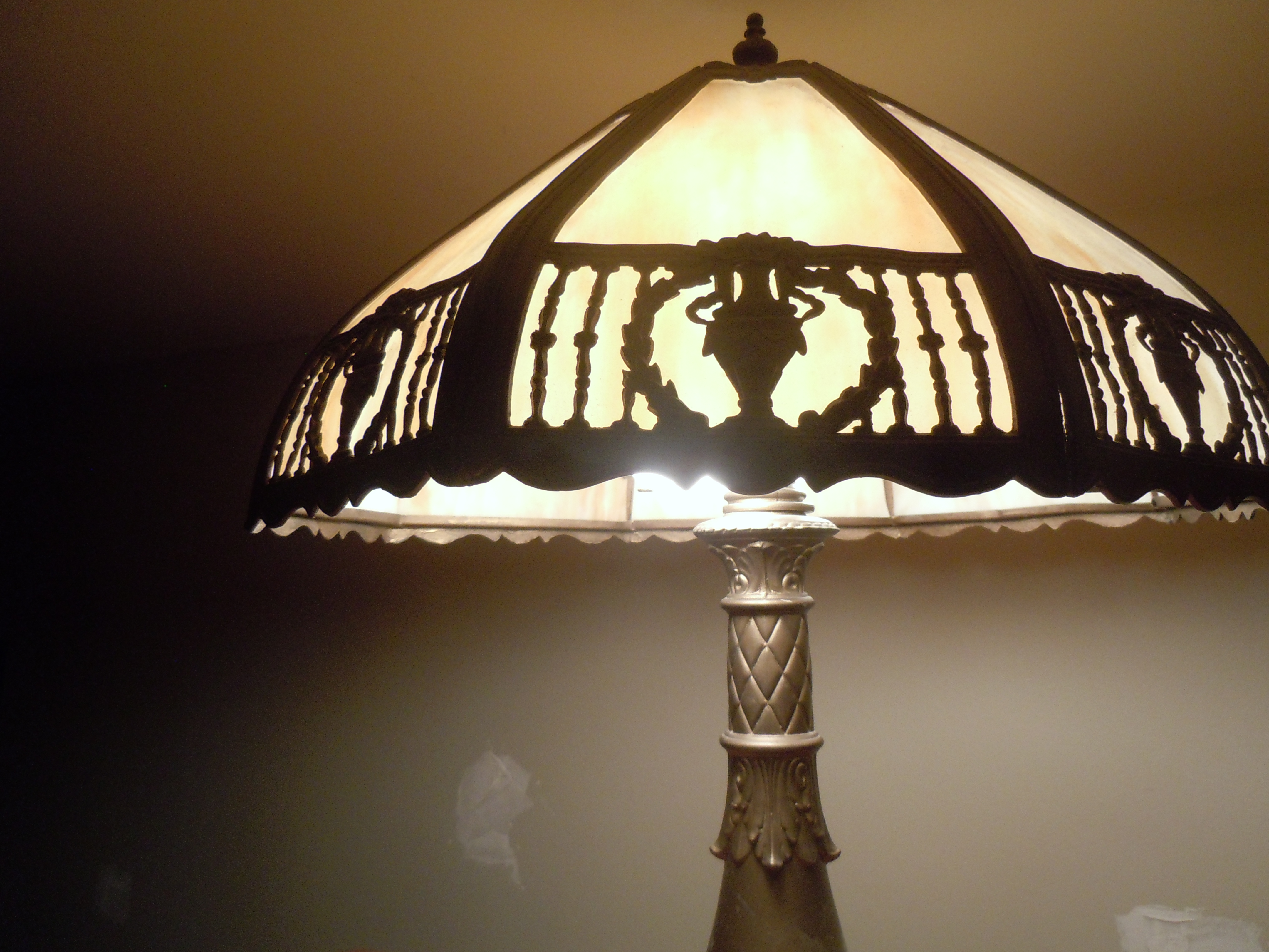 swag glass lamp for sale classifieds. Black Bedroom Furniture Sets. Home Design Ideas