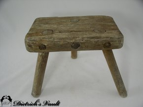 Milking Stool For Sale Antiques Com Classifieds