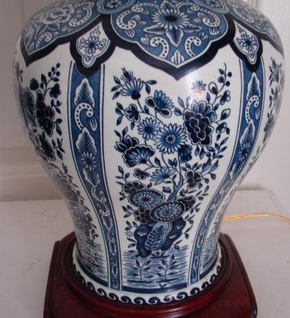 C 1880 Chinese Blue White Ginger Jar W Cover Lamp For Sale