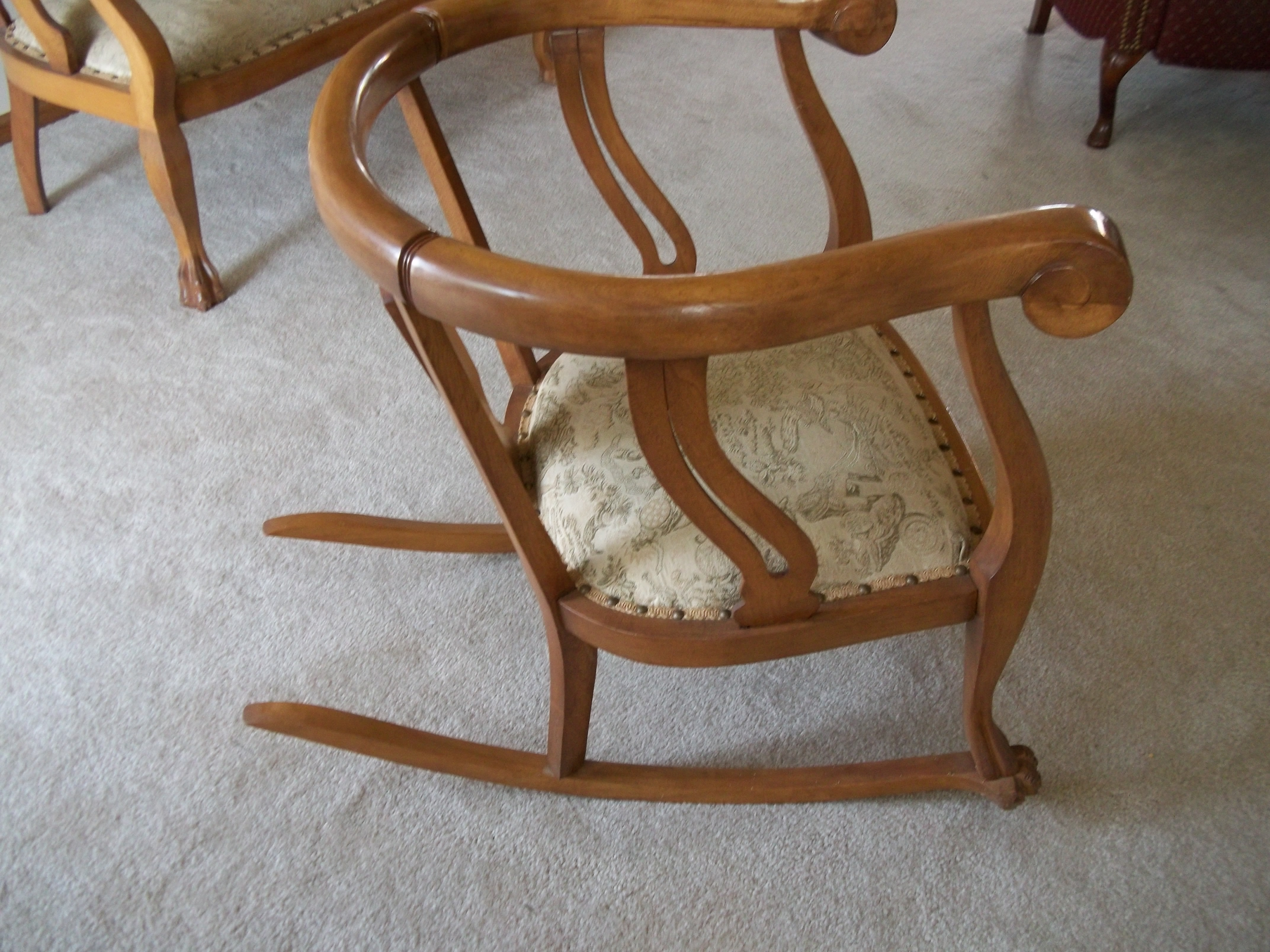 Antique oak rocking chair - This Beautiful Duo Is Just Waiting To Showcase Any Area You Choose The Pair Are In Excellent Condition And Sturdy You Ll Get Lots Of Compliments On This