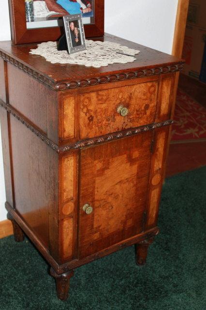 Vintage Herman Miller Inlaid Walnut Pc Bedroom Set The All - Herman miller bedroom furniture