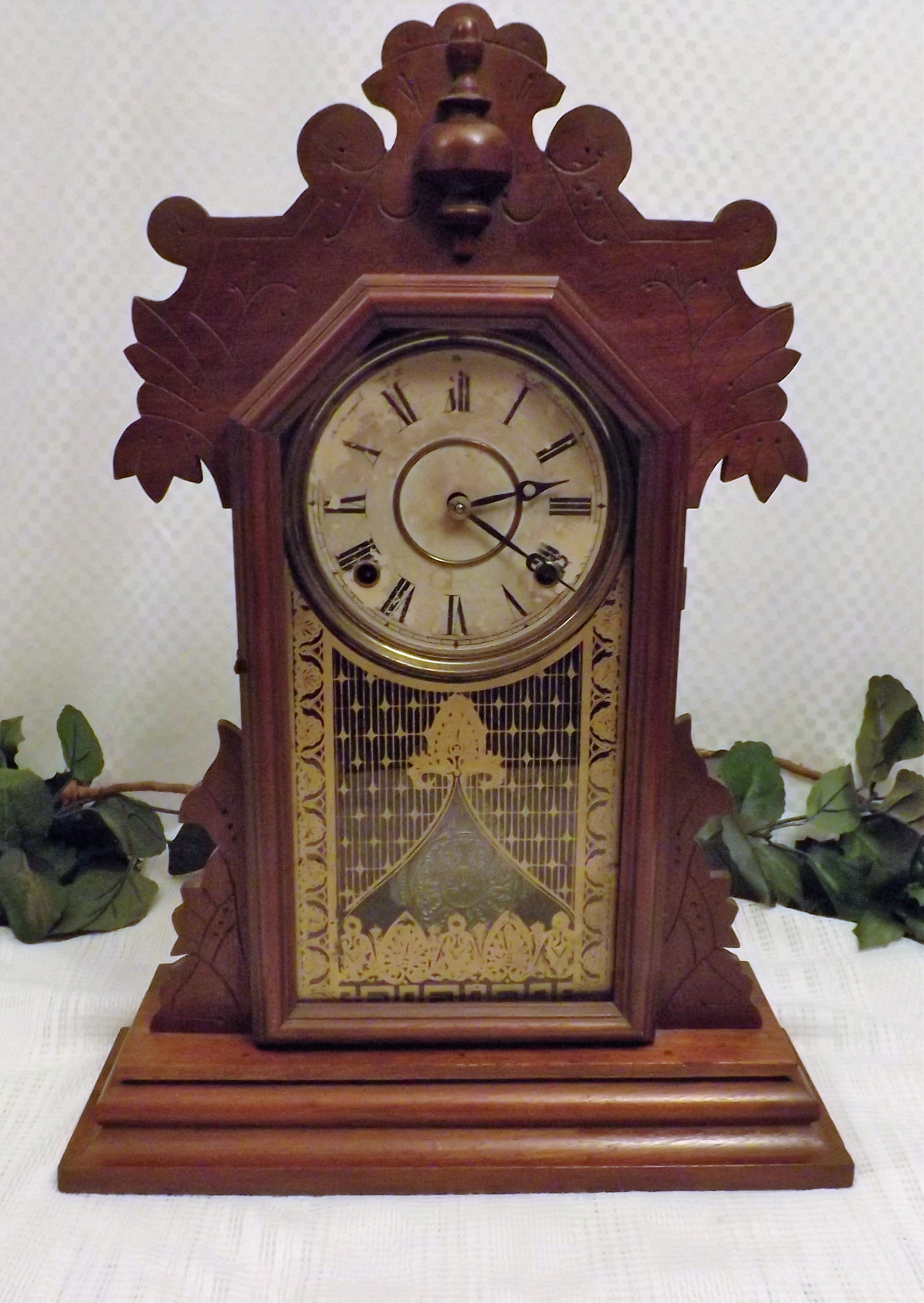 From 1881 To 1885 The E Ingraham Co Name Was Used For These 4 Years Only This Beautiful Clock Is A 31 Day Time And Strike With Chimes On Half