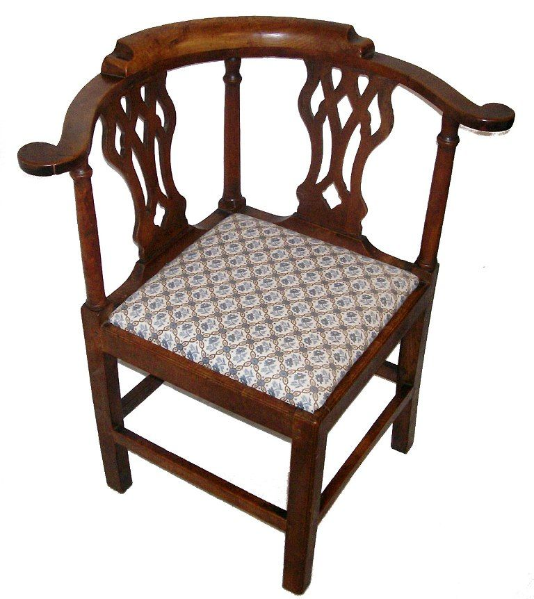 superb 18th c american walnut chippendale corner chair