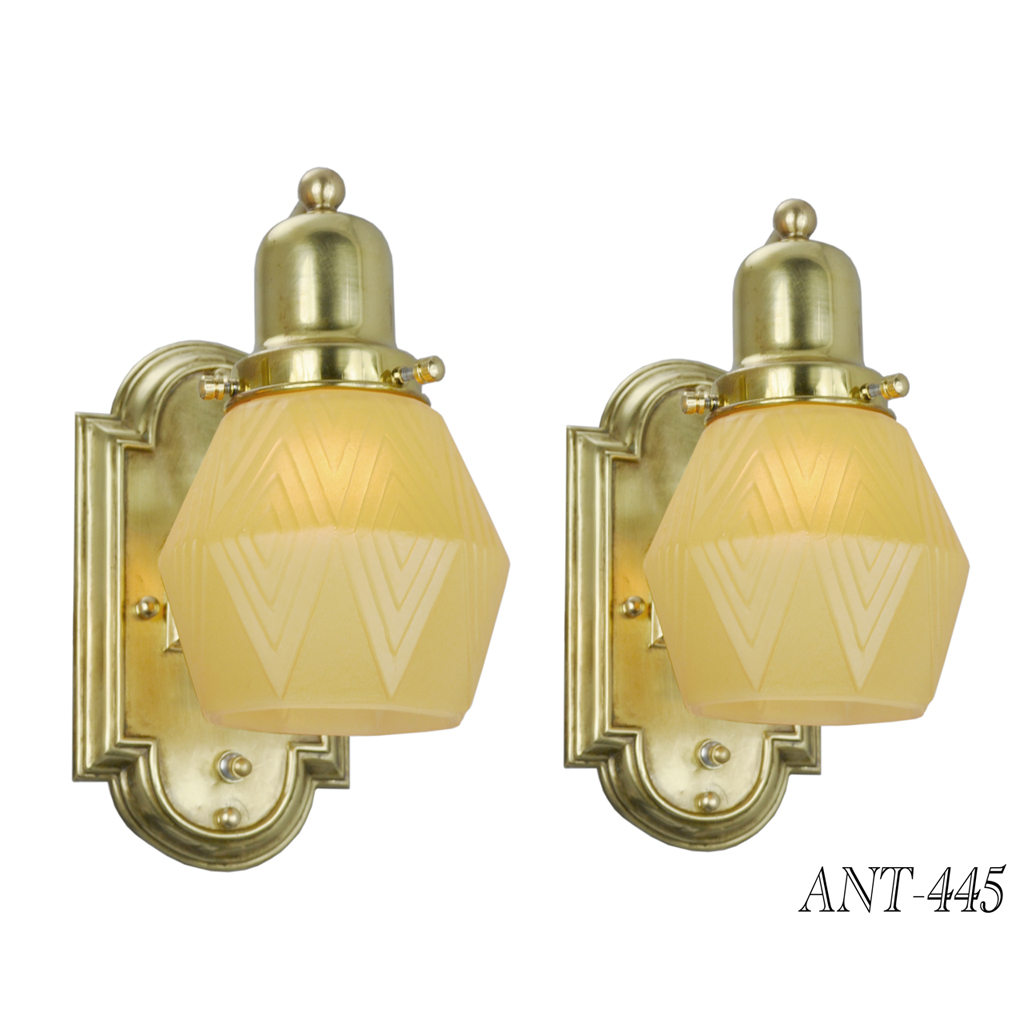 Antiques.com   Classifieds  Antiques » Antique Lamps and Lighting ...