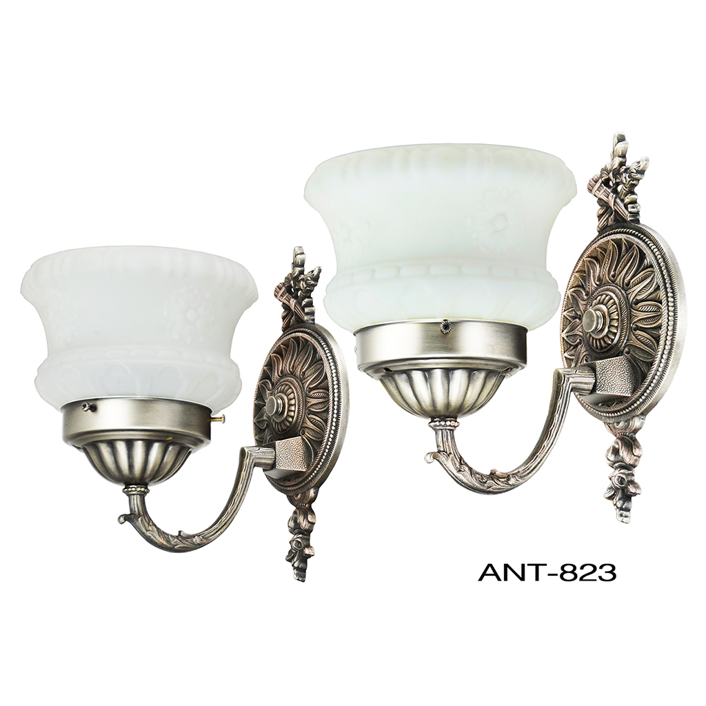 Antique wall sconces 1920s pair of edwardian style light for Old looking light fixtures