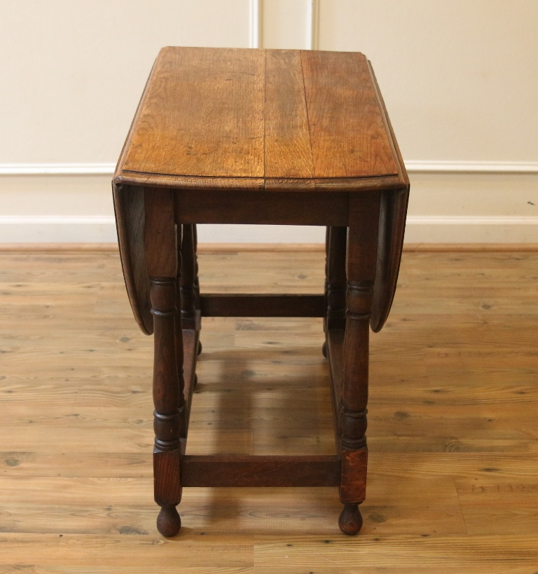 Antique English Oak Drop Leaf Dining Table Rustic Gate Leg Table