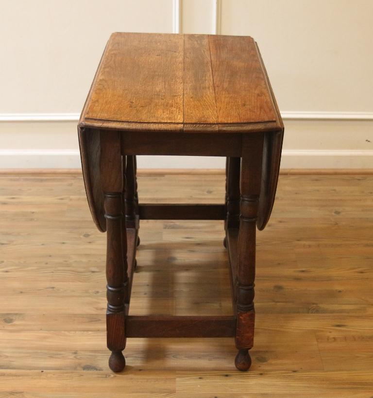 Antique English Oak Drop Leaf Dining Table Rustic Gate Leg Table
