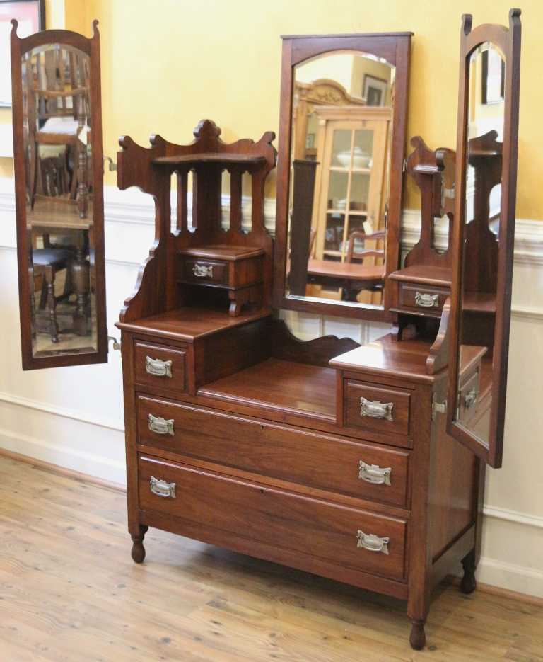 Antique Vanity Dresser with Triple Mirror, Walnut, English C.1900. - For  Sale - Antique Vanity Dresser With Triple Mirror, Walnut, English C.1900