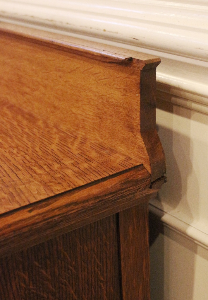 This Country Cottage Style Antique Oak Sideboard Was Made In America Around  The Very Early 1900u0027s And Would Make A Beautiful And Practical Addition To  Any ...