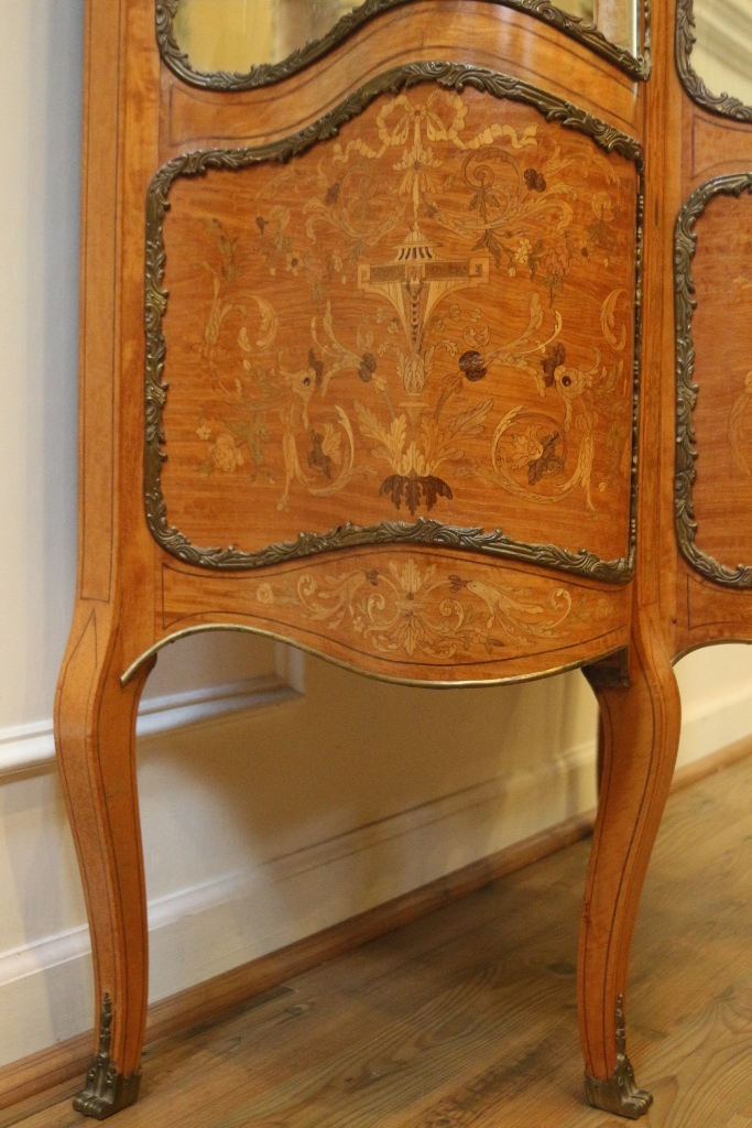 Antique French Inlaid Marquetry Louis Xv Style Vitrine
