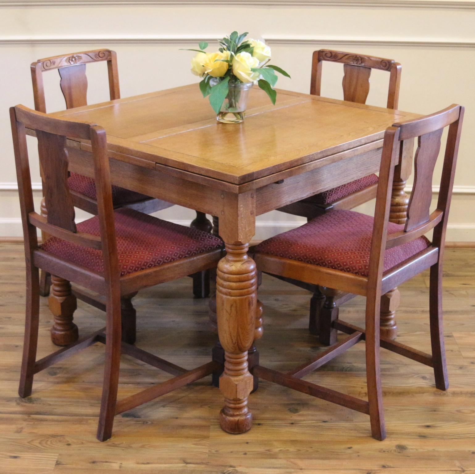 Antique English Oak Pub Table And 4 Chairs Dining Set For