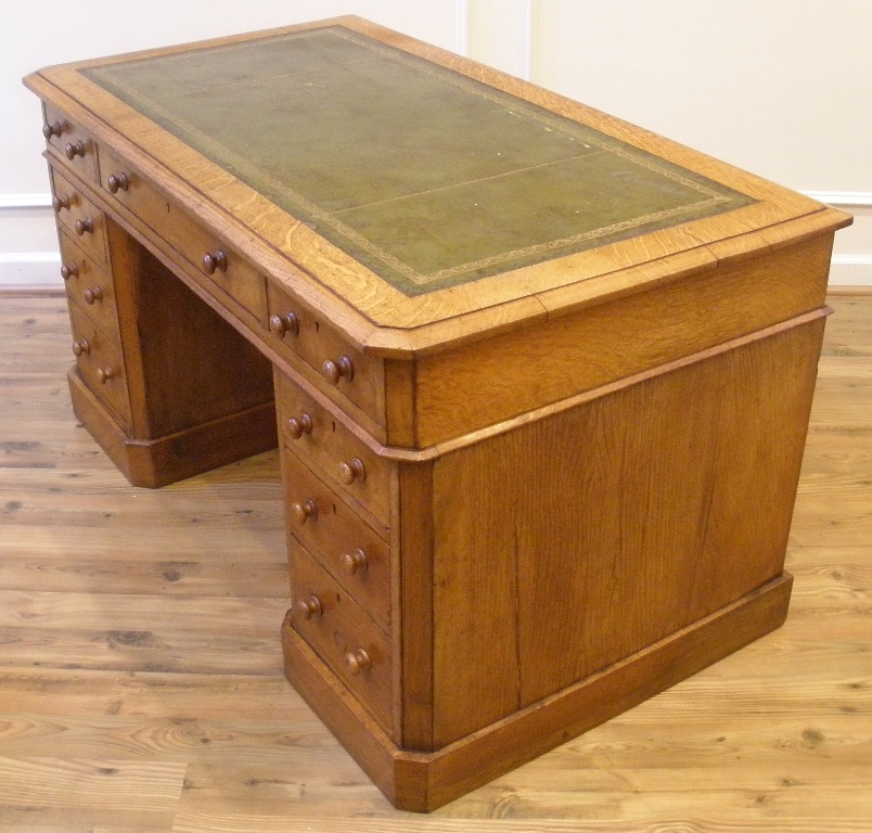 large antique english oak leather top knee hole desk for sale classifieds. Black Bedroom Furniture Sets. Home Design Ideas