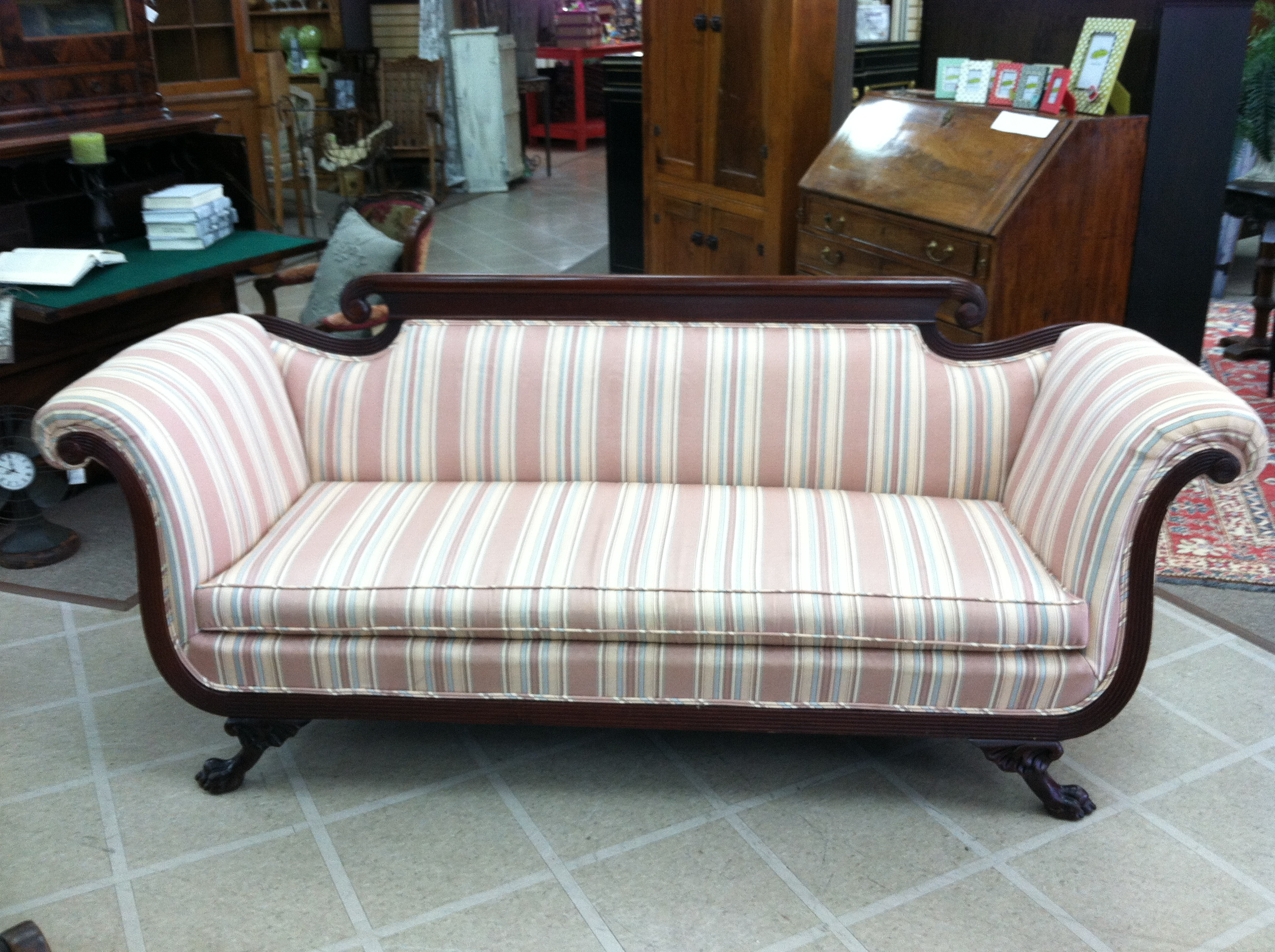 High Quality Gorgeous Antique Duncan Phyfe Style Sofa (Nicely Carved) Circa 1930   For  Sale