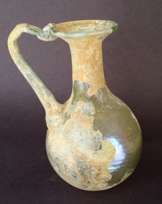 AN EXCEPTIONAL ROMAN BLOWN GLASS PITCHER   For Sale