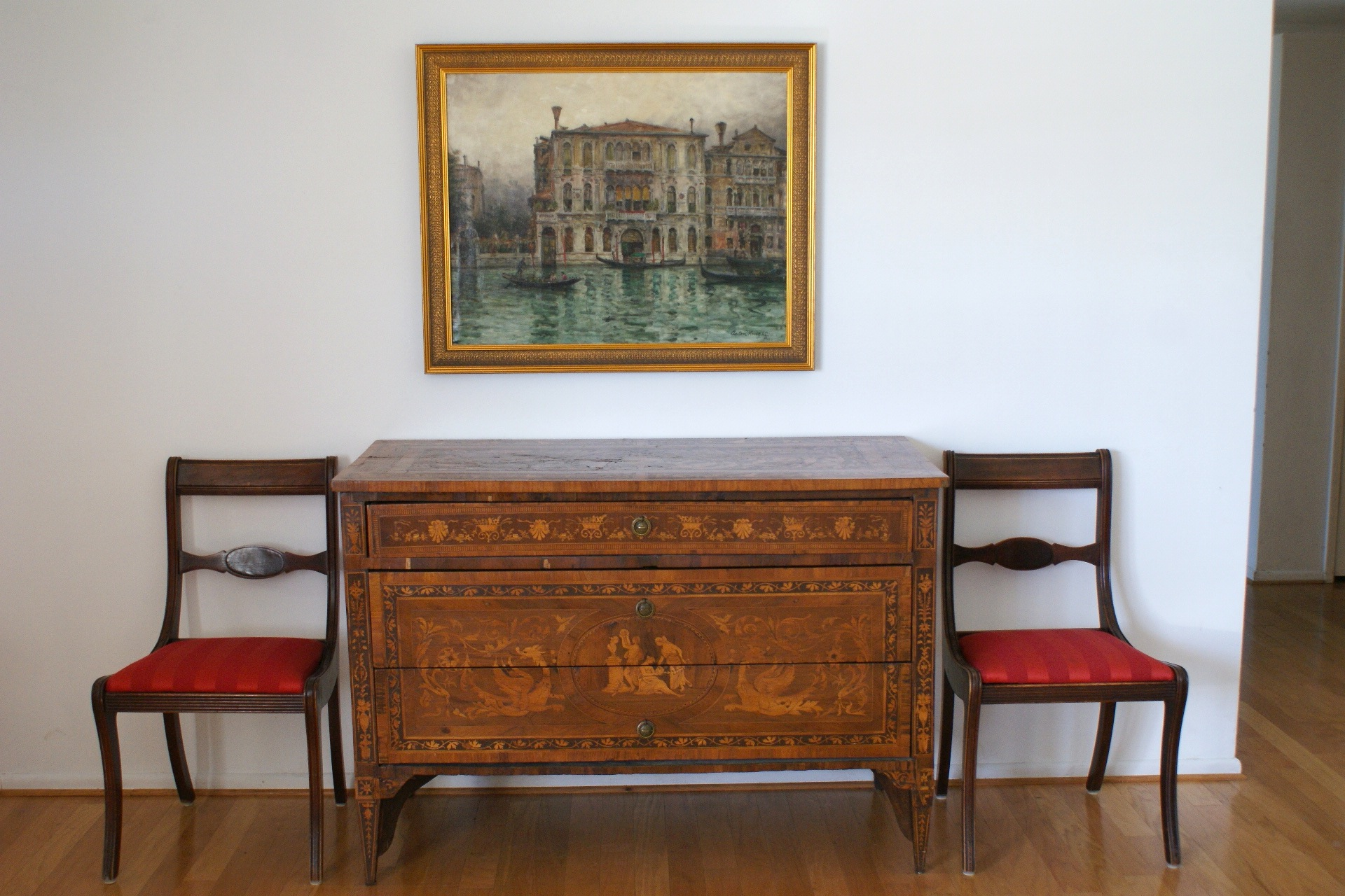 Beau 19th Century Italian Marquetry Commode   For Sale