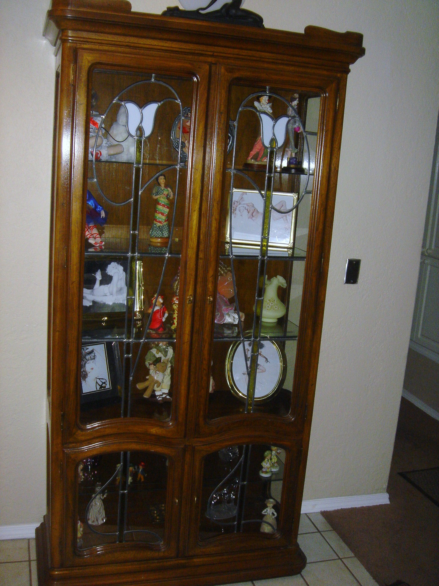 Best 25 leaded glass cabinets 28 images best 25 for Kitchen cabinets 08234