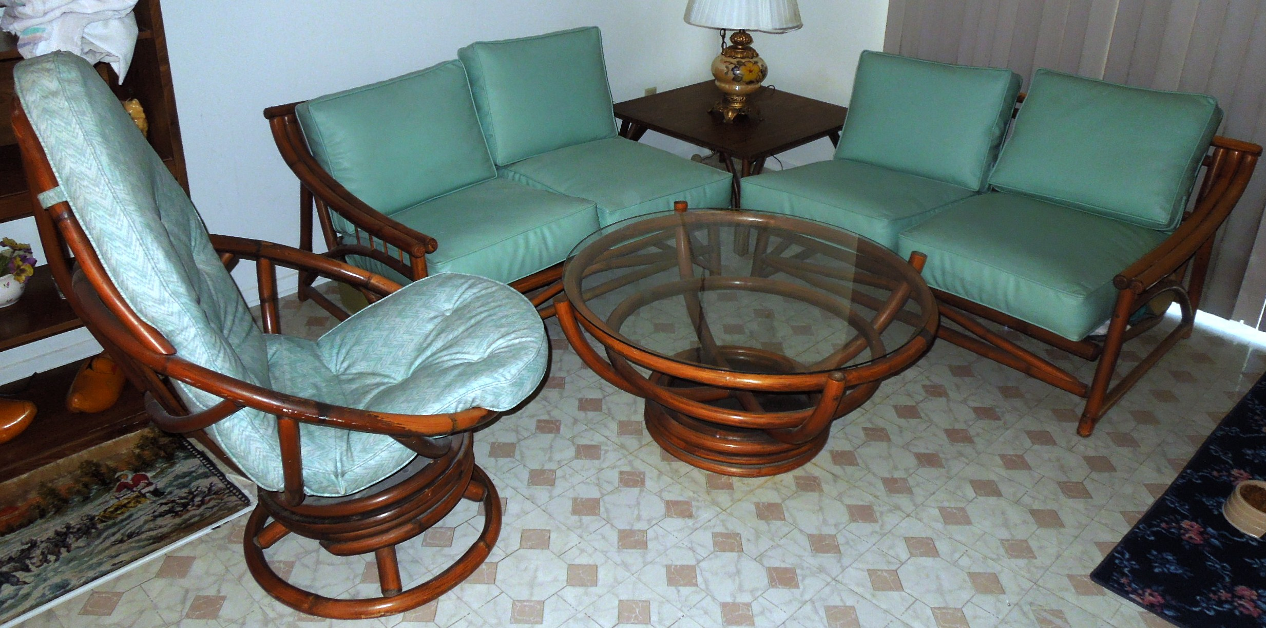 1960s Vintage BAMBOO U0026 Vinyl RETRO Living Room Furniture Set   For Sale Part 42