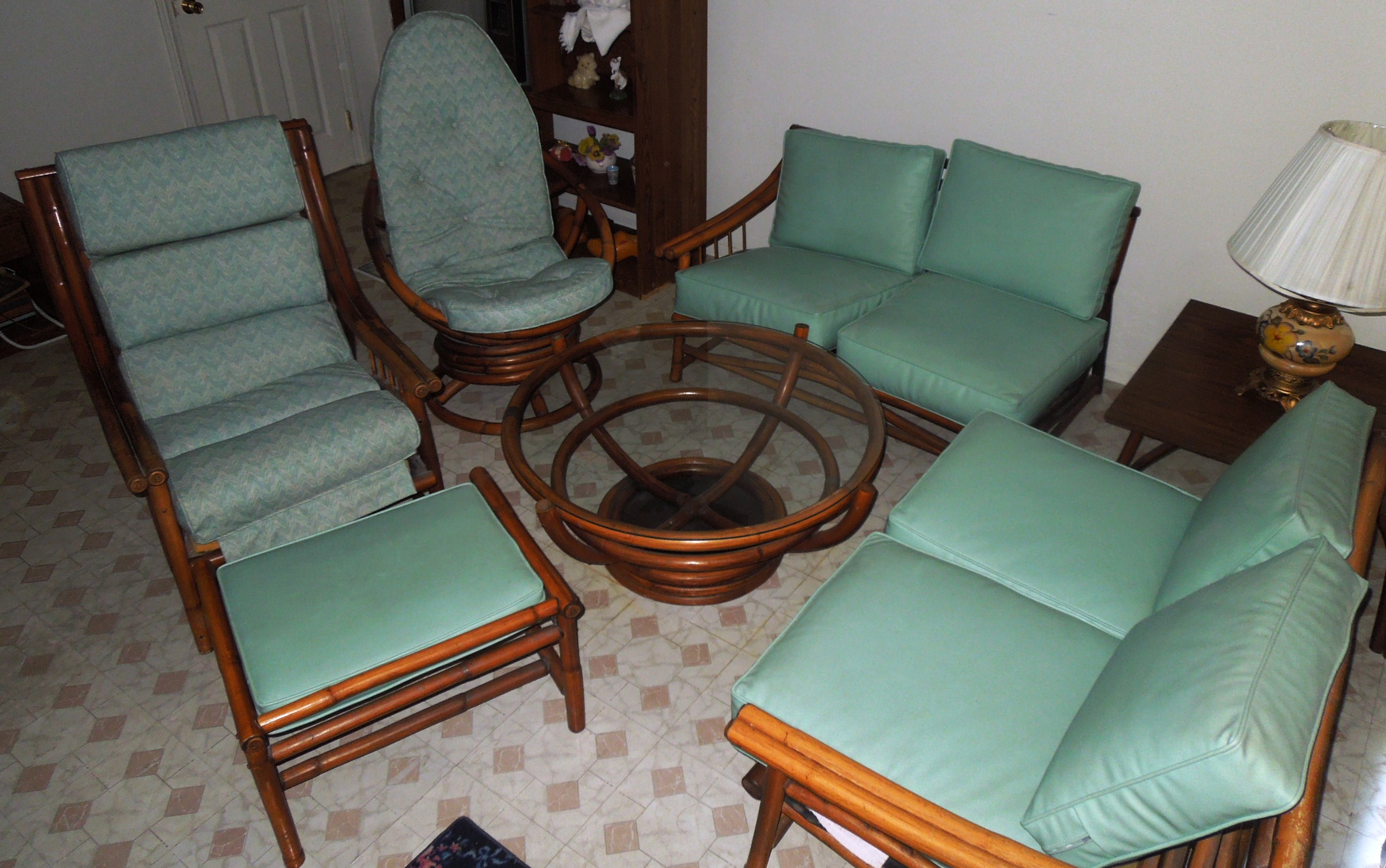 1960s Vintage BAMBOO U0026 Vinyl RETRO Living Room Furniture Set   For Sale Part 75