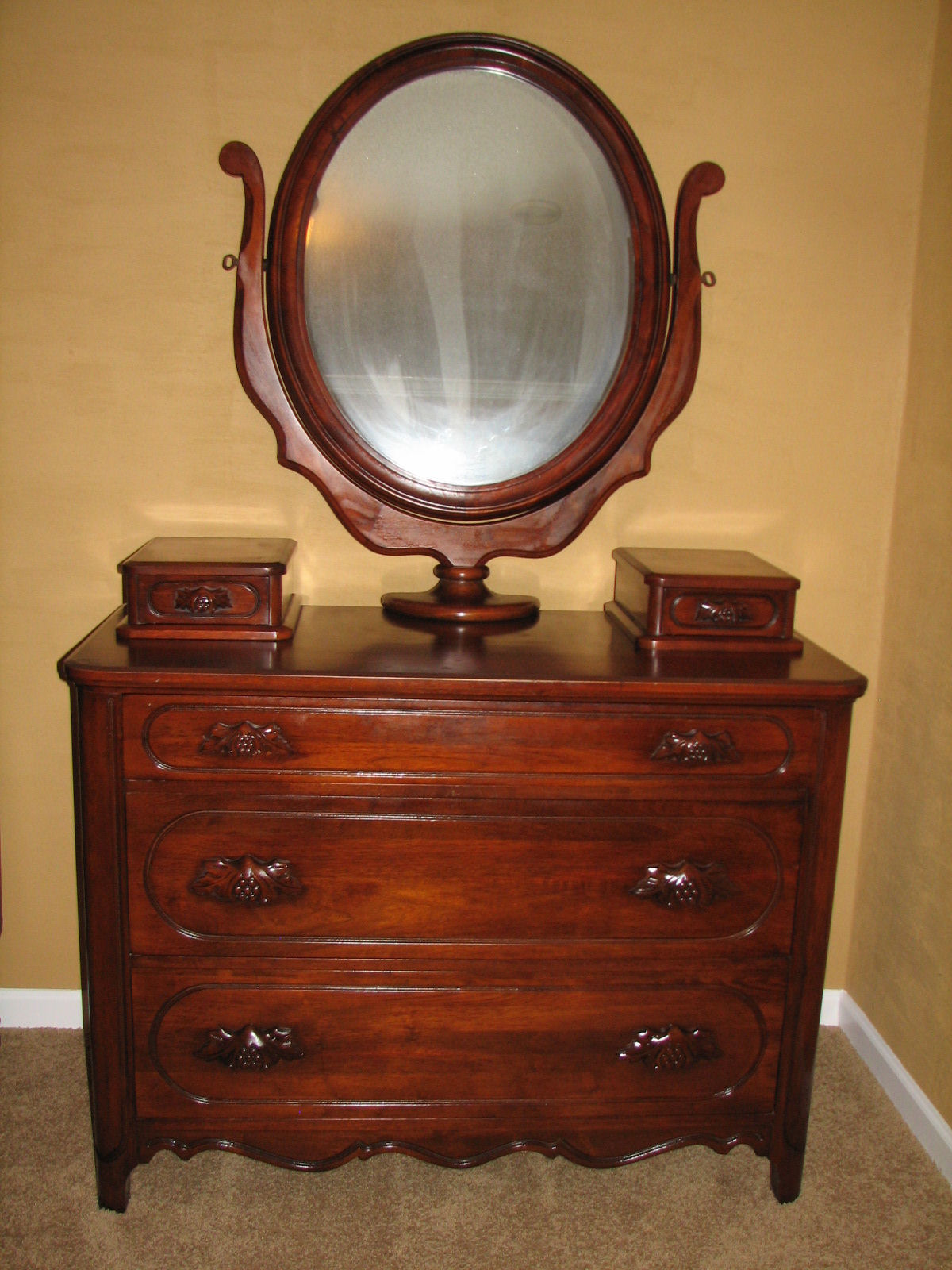 Lillian russell black walnut bedroom set for sale for Antique bedroom furniture