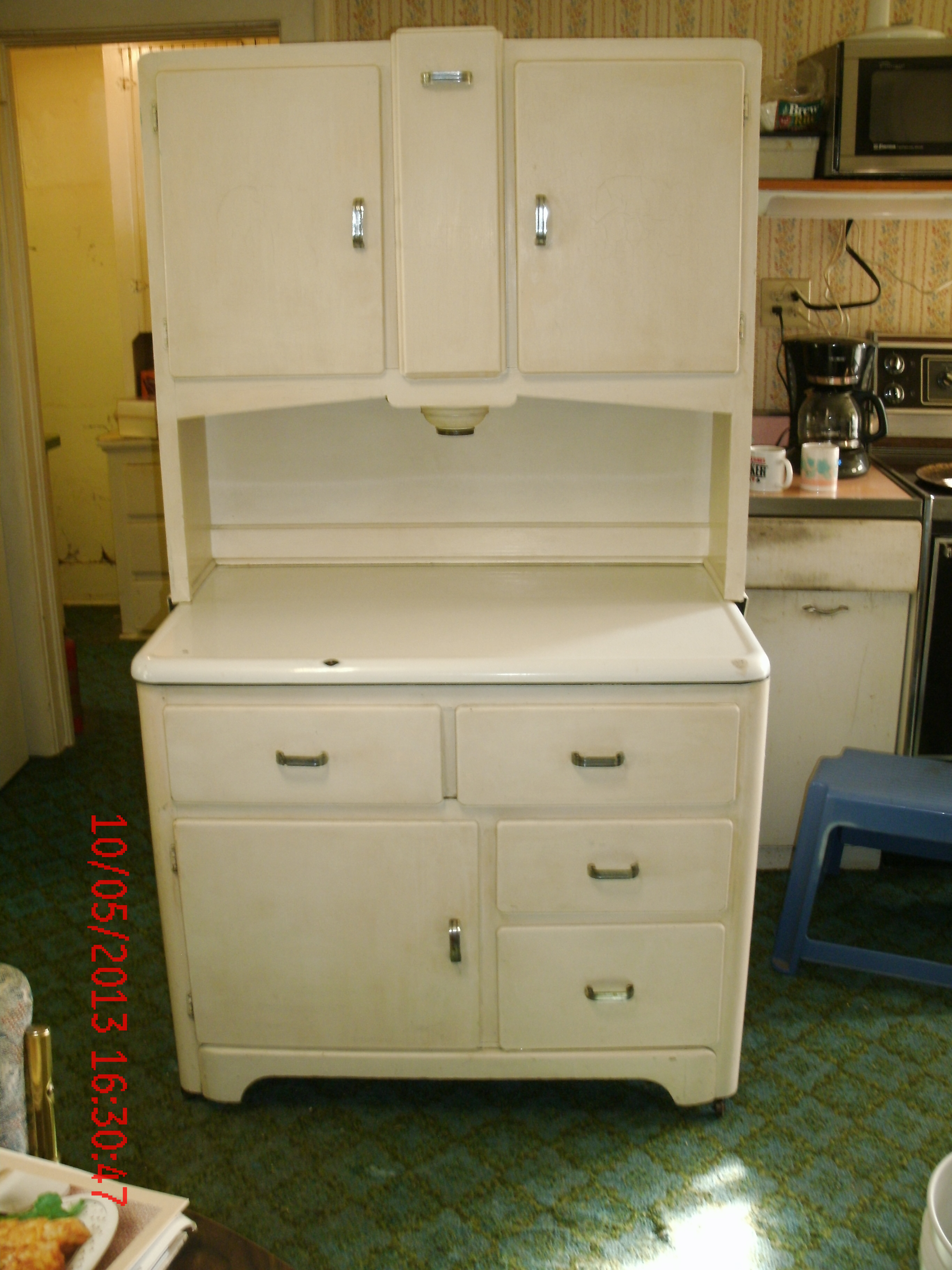 Antique Kitchen Cupboards With Flour Sifter