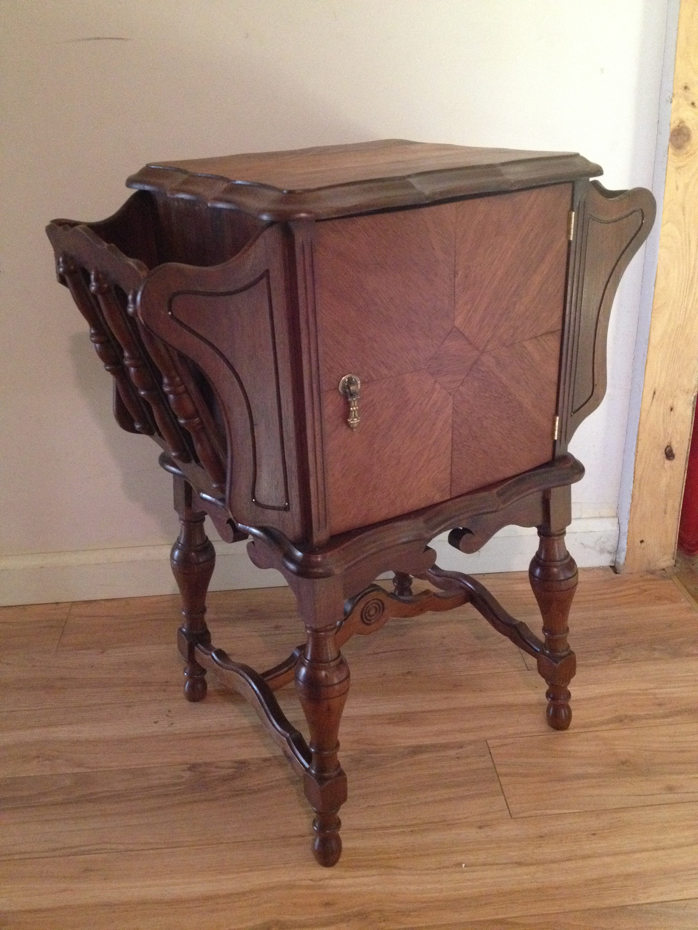 1920 S Smoking Table For Sale Antiques Com Classifieds