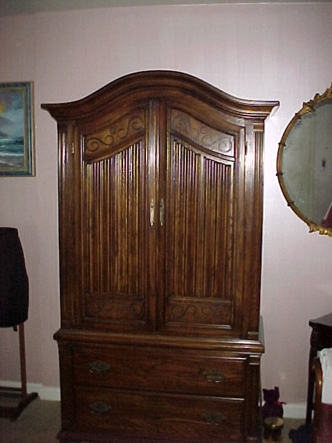 King Size Ethan Allan Oak Quarter Sewn Bed And Armoire For Sale Classifieds