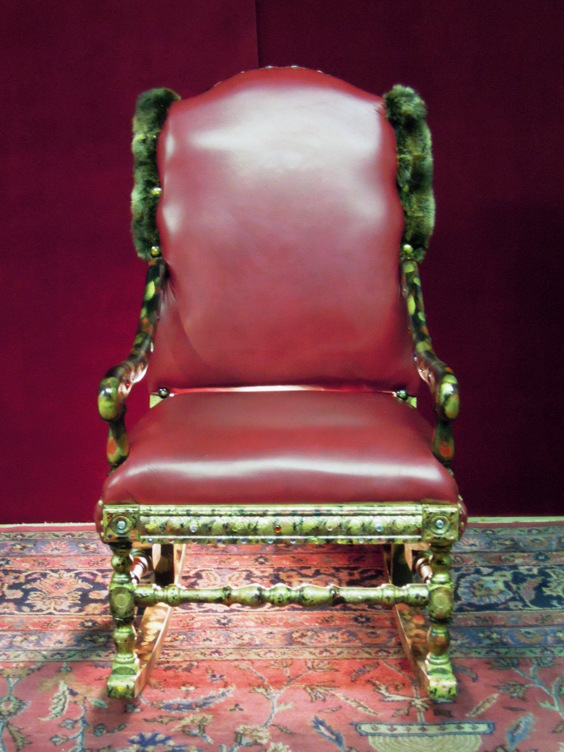 Charles Haynes Custom Upholstering Items - RSS Feed by Antiques.com